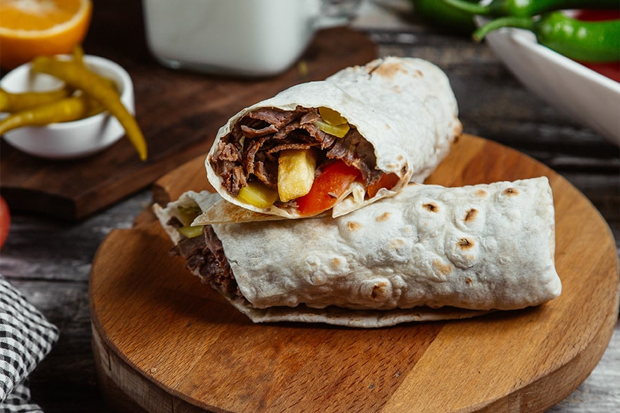 The Most Popular Alcoholic Beverages to Enjoy with Burritos1