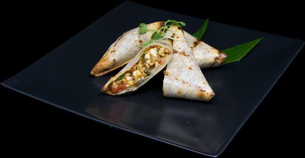 gluten-free-chicken-feta-roasted-peppers-quesadilla