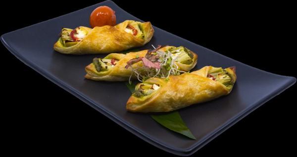 artichoke-pequillo-feta-puff-pastry